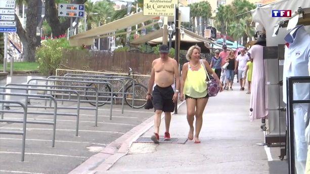A Bandol, les balades en ville torse nu ou en maillot de bain sont interdites