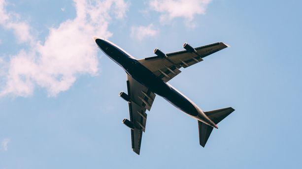 Covid-19 : des infections en avion restent possibles