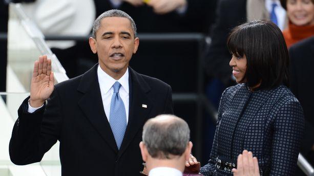Barack Obama prête serment lors de sa seconde investiture, en 2013