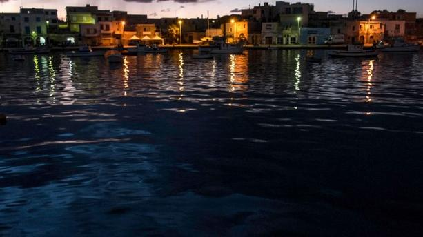 PHOTOS - Lampedusa, belle endeuillée