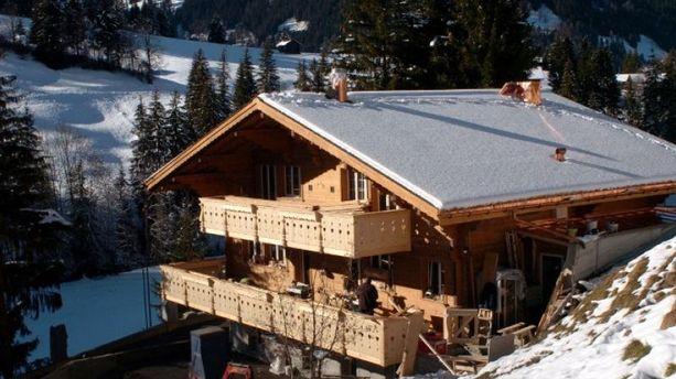 Johnny Hallyday met son chalet de Gstaad en vente pour 9,4 millions d'euros