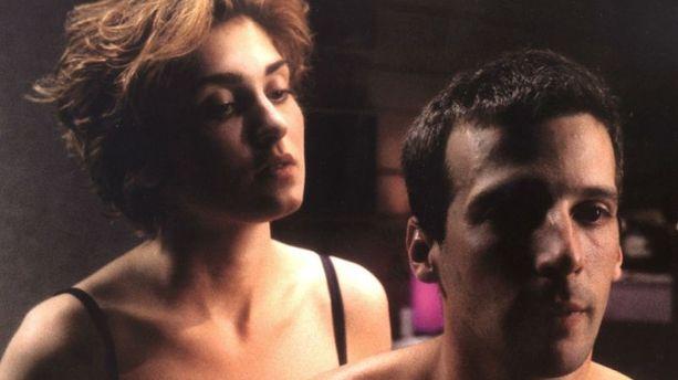 Mathieu Kassovitz diffuse sur Twitter une vidéo de sexe torride avec... Julie Gayet