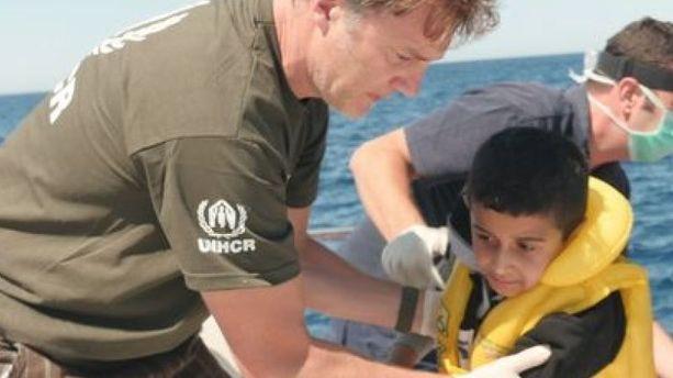David Morrissey, de ''The Walking Dead'', secourt des migrants en Méditerranée