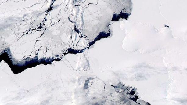 B31, ce gigantesque iceberg qui dérive dans l'Antarctique