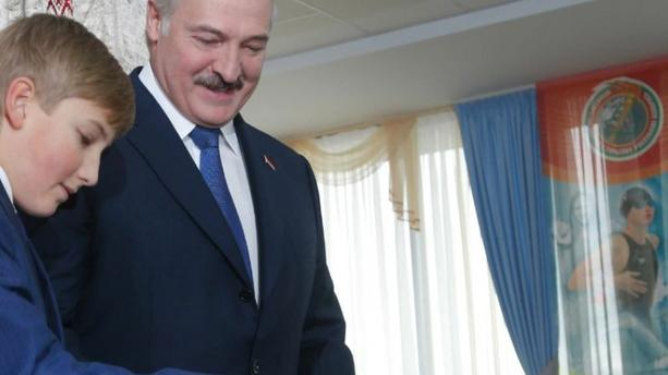 Biélorussie : Kolia Loukachenko, 11 ans, graine de dictateur