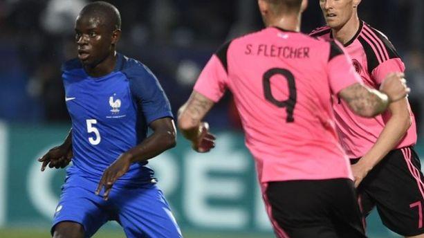 Mercato : N'Golo Kanté au PSG, ça avance