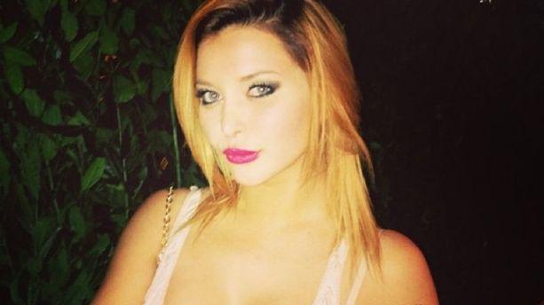 Attaquée sur Twitter, la pornstar Anna Polina se défend