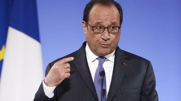 "Hollande, un ""sociopathe"" ? Ce qu'en disent ses proches"