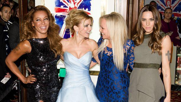 "Spice Girls : ""blessée"", Geri Halliwell met fin aux rumeurs de liaison avec Mel B"