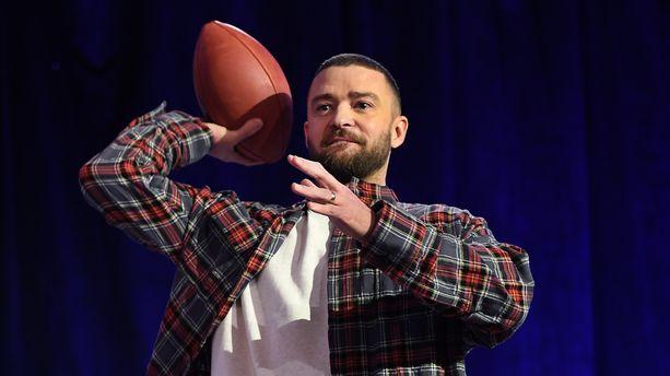 PEOPLE EXPRESS - Justin Timberlake enflamme Bercy, David Foster se marie