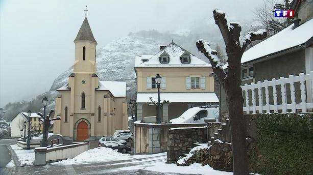 La neige recouvre la commune de Gerde
