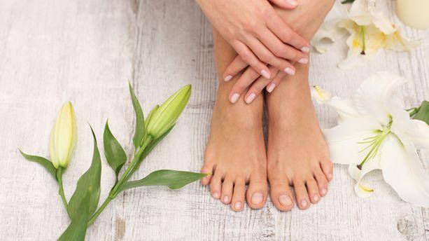 Soigner ses ongles avec des produits naturels