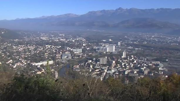 Grenoble instaure les vignettes automobiles anti-pollution