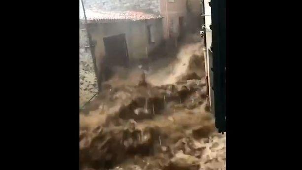Sardaigne : d'impressionnantes inondations font trois morts