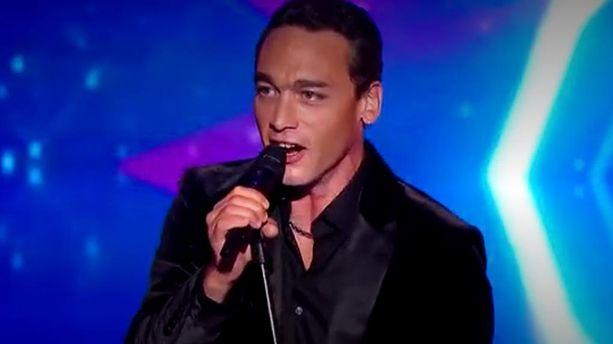 """La France a un incroyable talent"" : qui est Jean Baptiste Guegan, le sosie vocal bluffant de Johnny Hallyday ?"