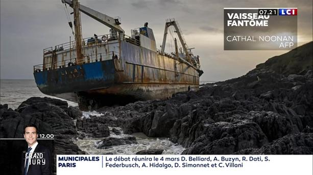 Tempête Dennis : un cargo de 77 mètres de long échoué en Irlande