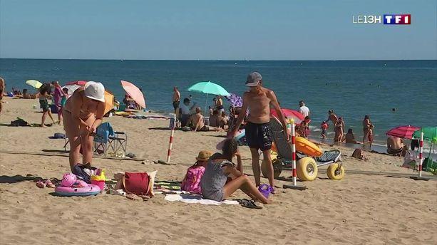 Interdiction des seins nus à la plage: Gérald Darmanin prône la