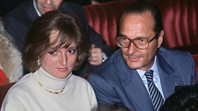 D'anciens costumes de Jacques Chirac offerts aux migrants