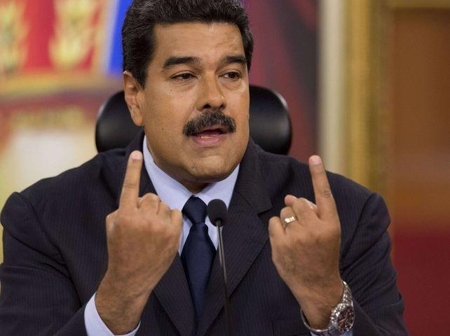 EN DIRECT - Venezuela : Guaido accuse Maduro de vouloir sortir 1.2 milliard de dollars du pays